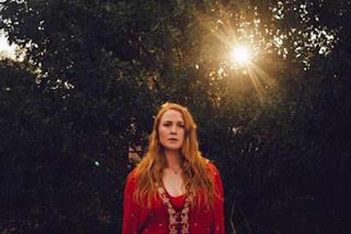 Liz Stringer image