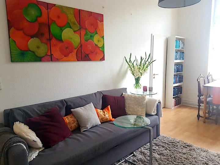 Lotus Painting - Entspannt malen im offenen Atelier: Bild