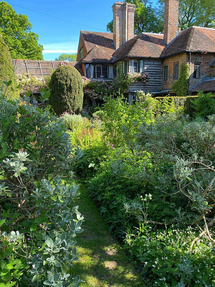 Shakespeare's All's Well That End's Well - Vann Garden image