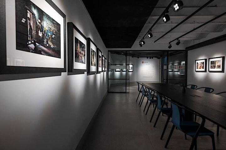 """Imagen de Exposición """"Mirando a los que miran el siglo XX""""  Antoni Campañà"""