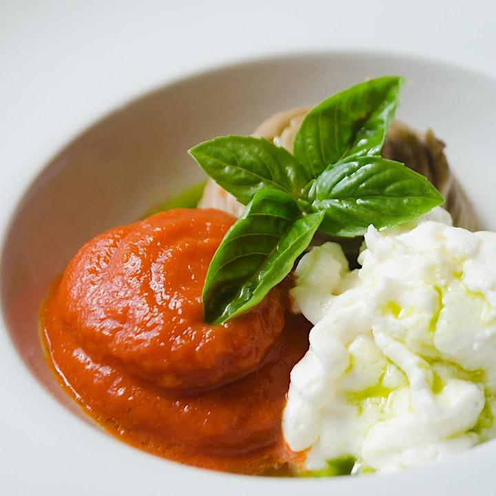 Immagine Verticale Storica di  Nerello Cappuccio & Cena di Alta Cucina Vegetariana