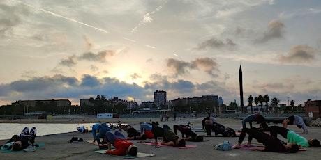 Sunset Yoga flow Poblenou by the sea entradas