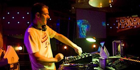 TALLER DE DJ CON CARLOS HOLLERS entradas