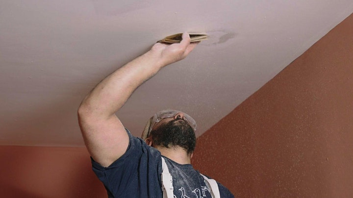 Ceilings and walls: Decorating Masterclass image