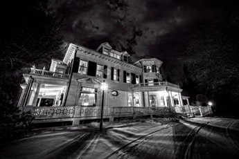 Ghost Hunt at the Murdock Whitney Mansion - Winchendon MA tickets