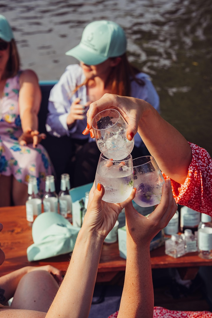 Cambridge Gin Lab x Rutherford's Punt Experience image