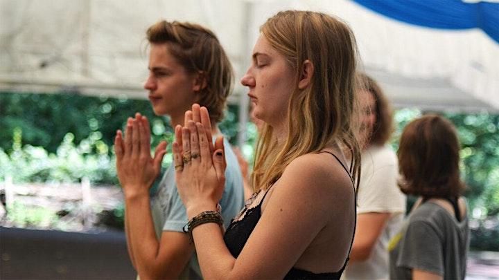 Yoga Summer Camp: Bild