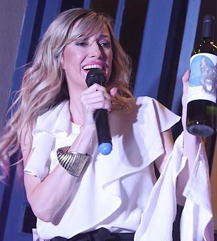 Imagen de RISAS Y VINOS - Monologo + vinos (Wineup Comedy en Madrid)