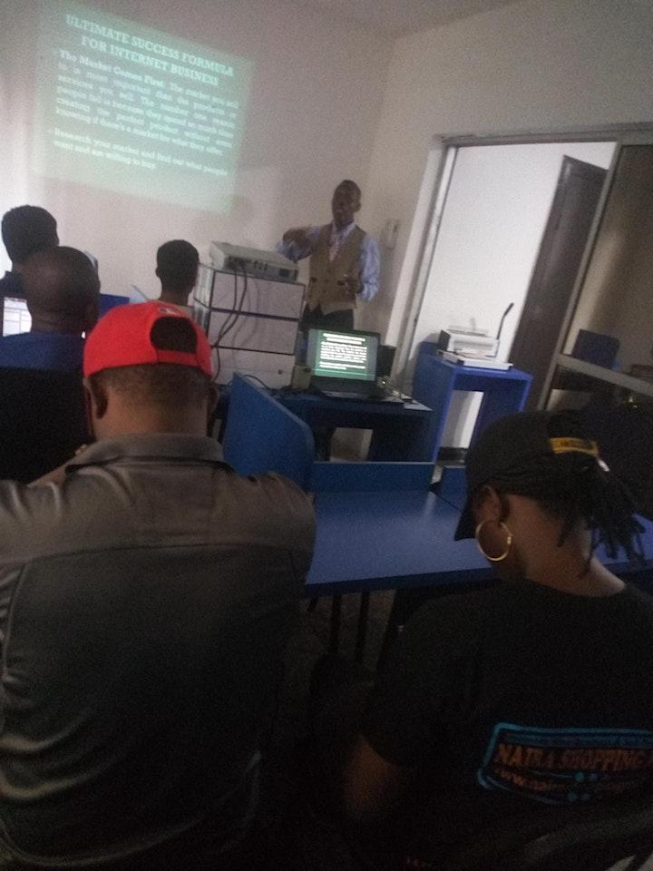 E-Commerce Skills And Digital Marketing   Free Training image