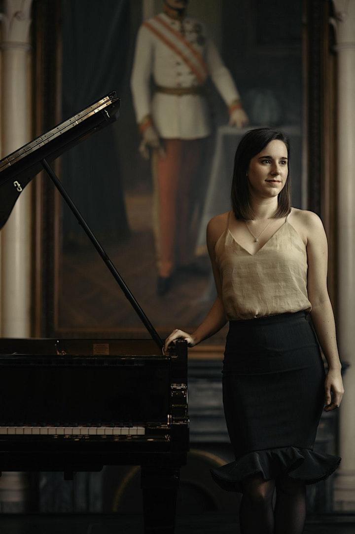 Opéra and Apéritif image