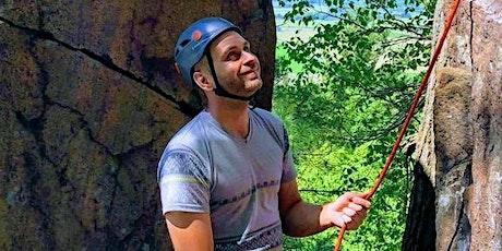 Initiation à l'escalade de rocher à Montréal // Intro to rock-climbing tickets