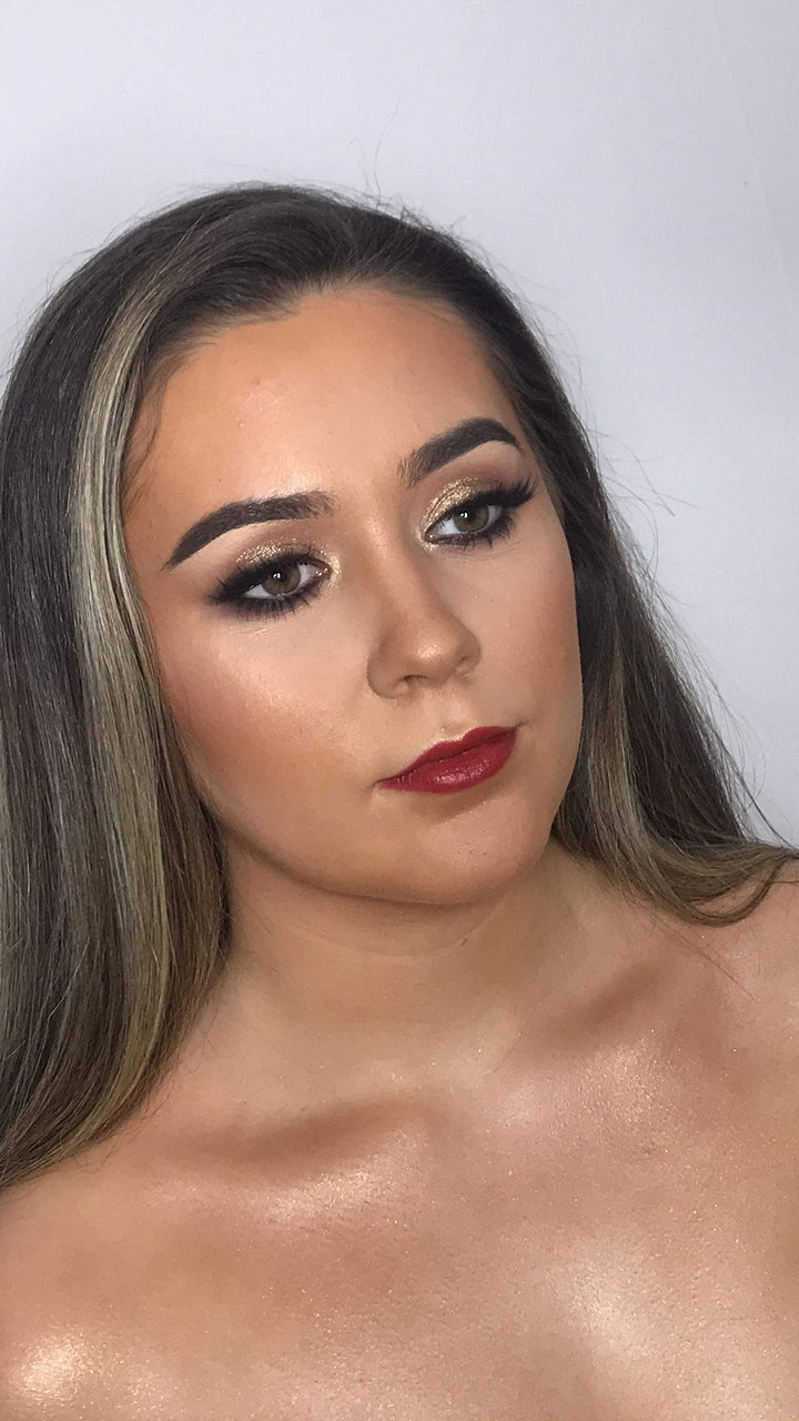 Soft Glam - Makeup Masterclass image