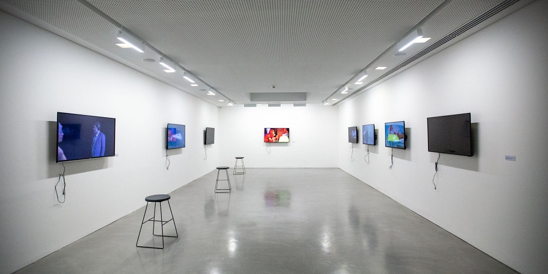 "Exposição ""Dito e Feito – Aos Vivos, Porto Alegre"", de Nuno Ramos"