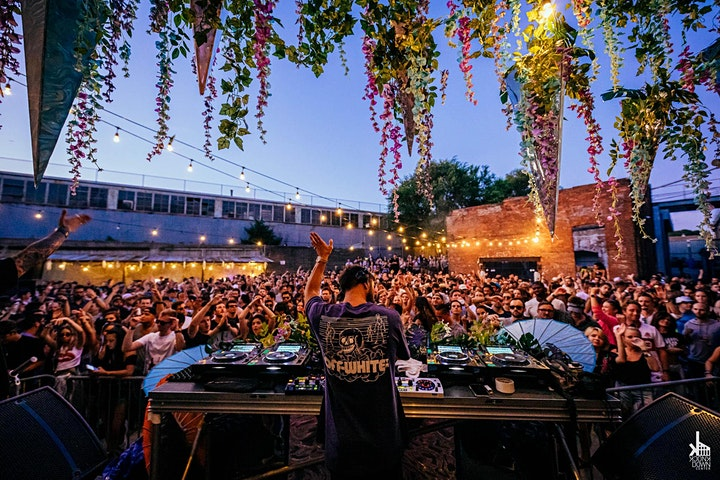 Knee Deep In Queens | Hot Since 82 [Sold Out] image