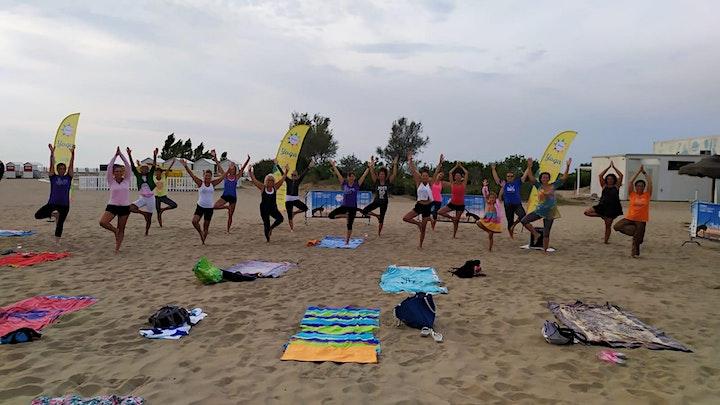 """Immagine Yoga Summer Tour Veneto 2021- """"Feel the sea""""  YOGA"""