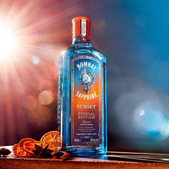Raise a glass to the Great British Summer Staycation with BOMBAY SAPPHIRE® image
