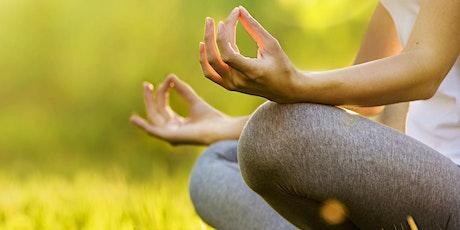 Lezione di Hatha Yoga al Tiberis biglietti