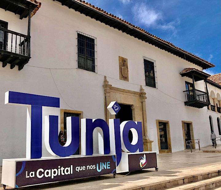 Walk along the town of Tunja image