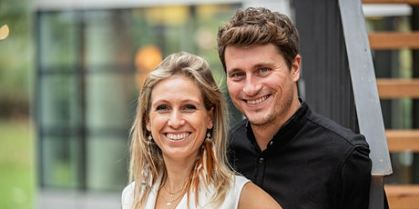 Complet plutôt que parfait: Récit et partage de Sandrine et Nicolas de Vicq tickets