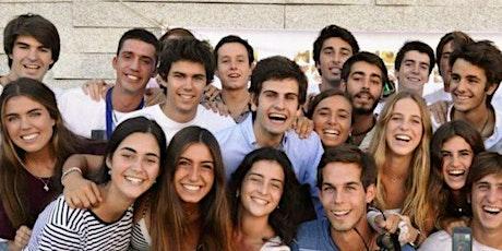 Grupo gente joven entradas