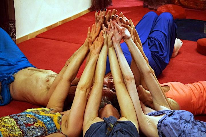 Conscious Touch: Das heilsame Co-Creation Seminar in der Nature Community: Bild