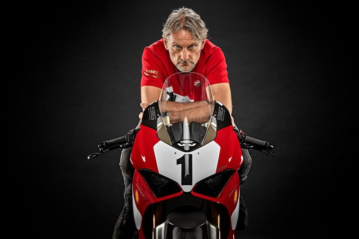 AN EVENING WITH CARL FOGARTY image