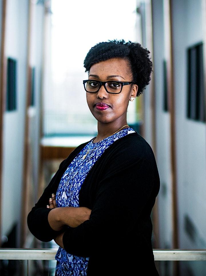 Au-delà de l'apparence :  des femmes de courage et de résilience en STIM image