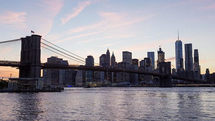 Timelapse Workshop - Day to Night Holy Grail in Brooklyn NYC image
