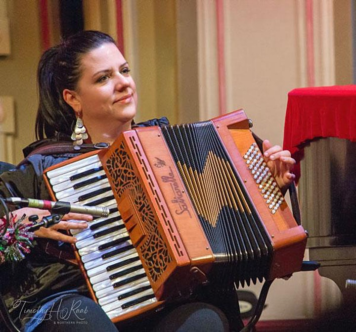 Joanie Madden & Mirella Murray Concert in Partnership with PV O'Donnell CCÉ image