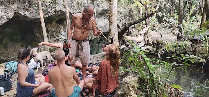 Meditacion de sonidos ancestrales en un Cenote
