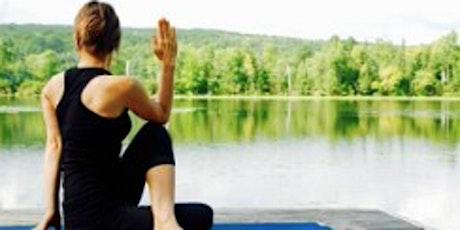 Yoga per l'universo femminile, evento In Presenza e On Line biglietti