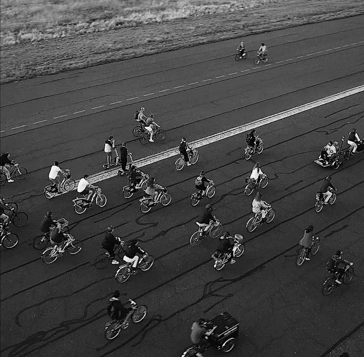 #ArtistsOnWheels // Fahrradkonzerte // DUO RIDE // 2x2 Musicians on 2 Bikes: Bild