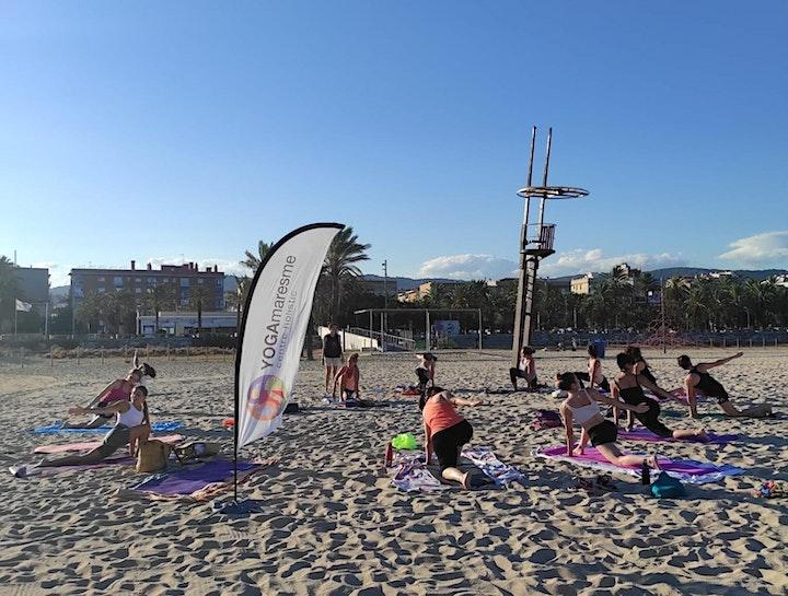 Imagen de Yoga + Neteja a la platja pel Dia Europeu de les Comunitats Sostenibles