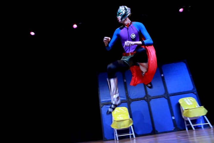 Imagem do evento 50% de DESCONTO! Espetáculo O Super C no Teatro BTC