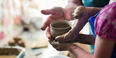 Exploring the Pottery Wheel – For Kids!