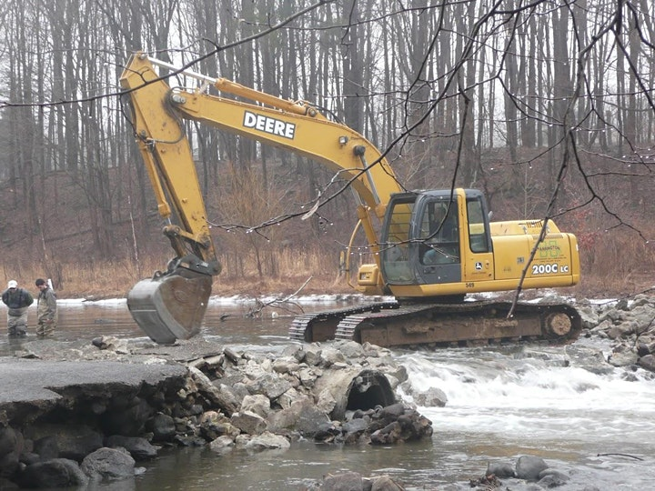 Local Government: Case Studies and Challenges in Dam Removal image