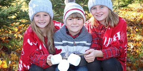 Christmas Mini Sessions At An Old Fashioned Country Christmas tickets