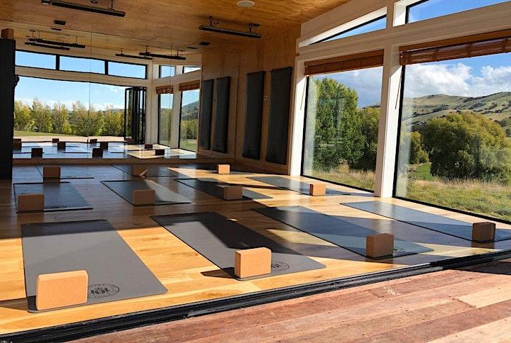Luxury yoga Retreat image