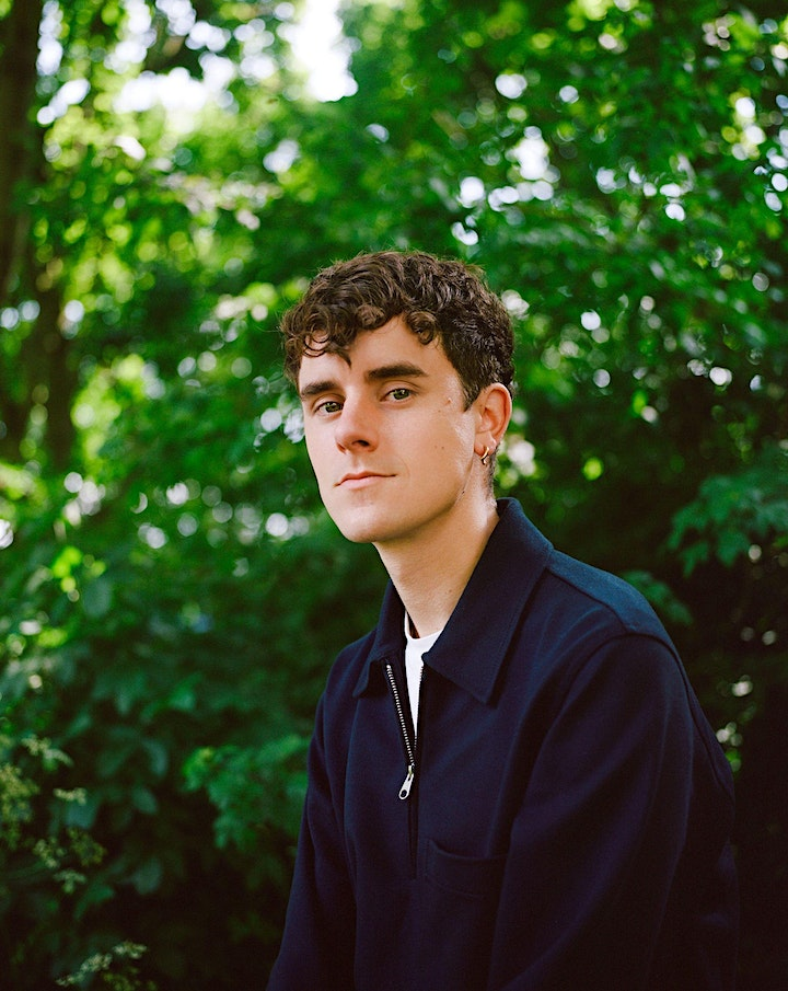 Mall of America and B&N welcome Connor Franta to sign HOUSE FIRES image