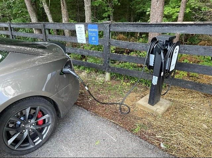 Electric Vehicles (EV) and Evolve KY Charging Infrastructure Program image