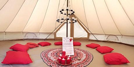 Tente Rouge - Groupe de parole facilité par Cécile billets