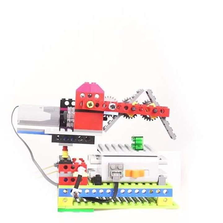 IBRICK LEGO ENGINEERING CAMP image