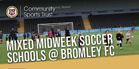 Mixed midweek Soccer School : September 2021 - December 2021 tickets
