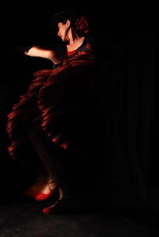 Movement Life Drawing Class with Flamenco Dancer Karina Gracia image
