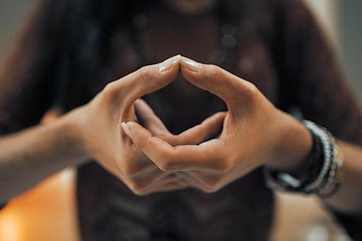 Image pour Femme épanouie - Retrouvez confiance et énergie