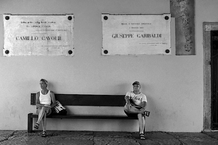 """Image pour Invitation au vernissage de l'exposition photo """"Portraits Urbains"""""""