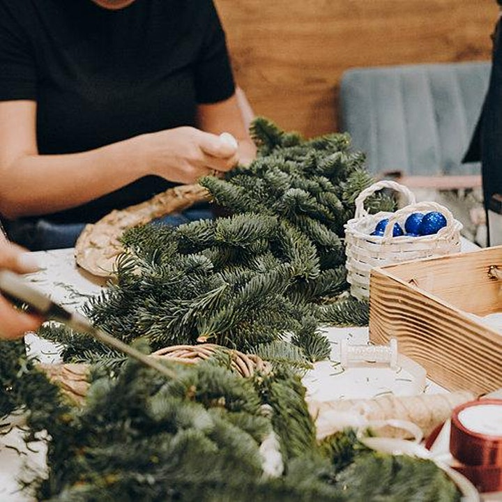 Create a Christmas Wreath Workshop image