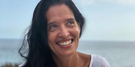 Charla de Mar Romera: El bienestar de nuestras hijas/os ¿Qué podemos hacer? entradas