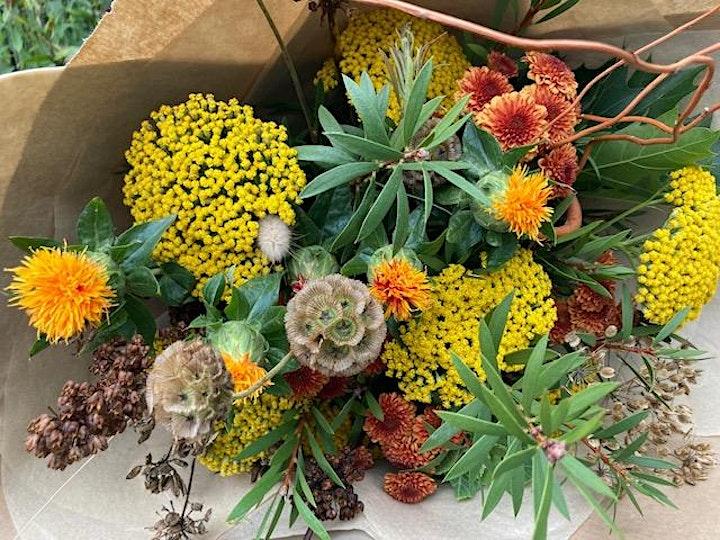 Autumnal Hand Tied Bouquet Workshop image