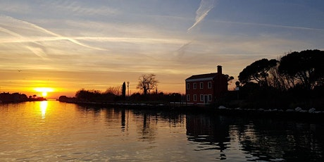 Sunset Light Dinner During A Traditional Boat Tour In Venezia's Lagoon tickets
